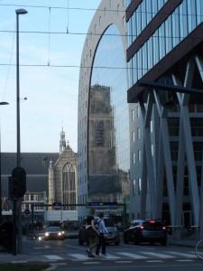 Rondleiding Rotterdam bij Markthal en Laurenskerk